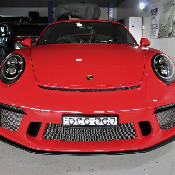 porsche 911 gt2rs - xpel ultimate plus & gyeon quartz full protection Porsche Paint Protective Solutions Showcase Porsche 991 GT3 XPEL Coverage 08 600x600